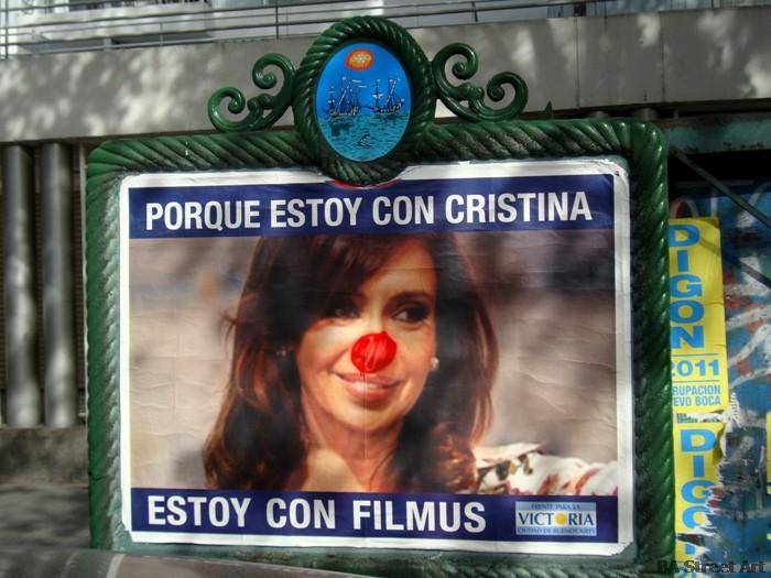 cristina fernandez de kirchner nariz roja graffiti elecciones buenos aires red nose elections argentina macri culture jamming foto buenosairesstreetart.com