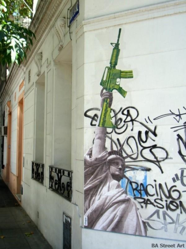 Anti american graffiti buenos aires street art © buenosairesstreetart.com