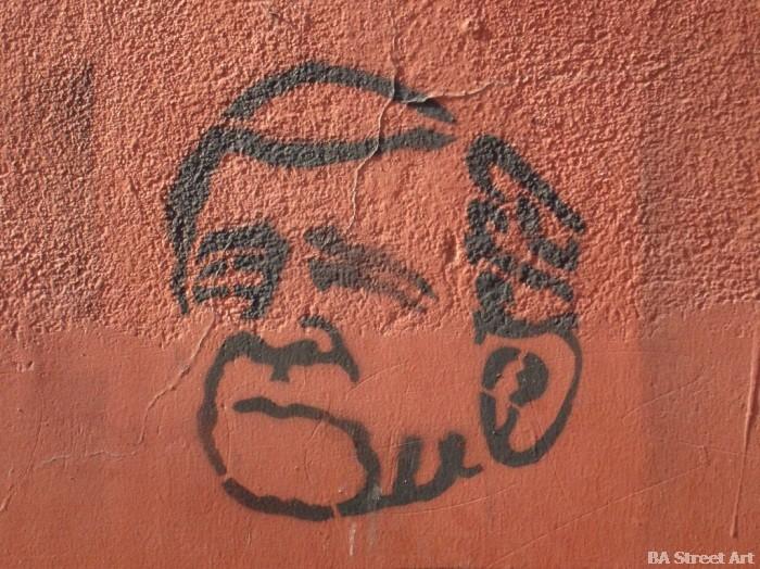 Graffiti Bush stencil buenos aires guerra © graffiti buenosairesstreetart.com