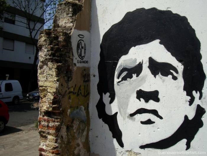 buenos aires graffiti tour maradona stencil buenosairesstreetart.com