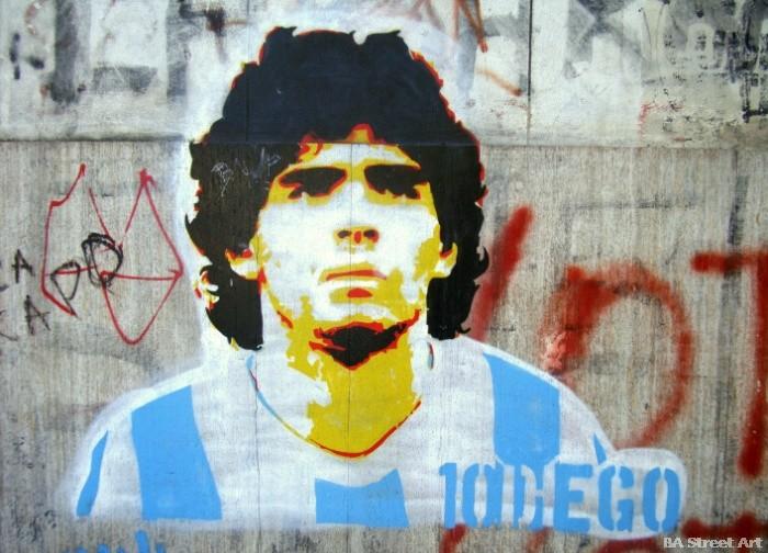 diego maradona graffiti buenos aires street art tour buenosairesstreetart.com