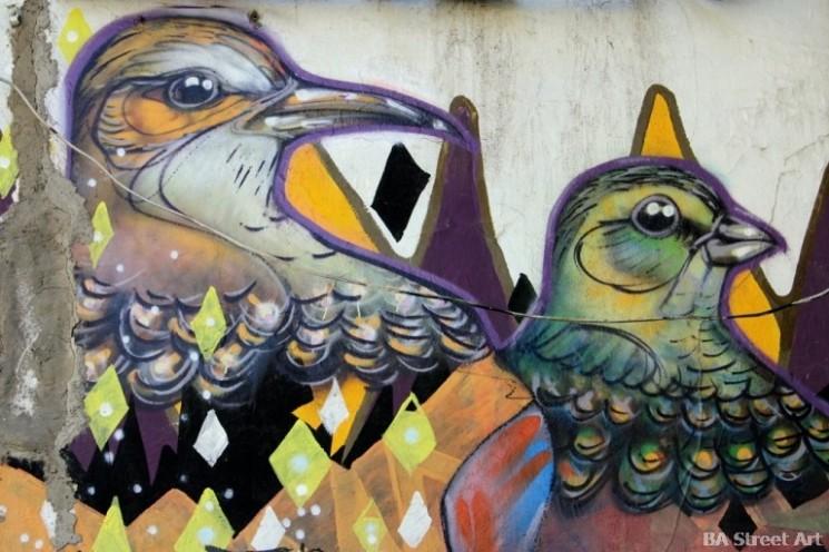 birds graffiti charquipunk la robot de madera chile valparaiso buenosairesstreetart.com