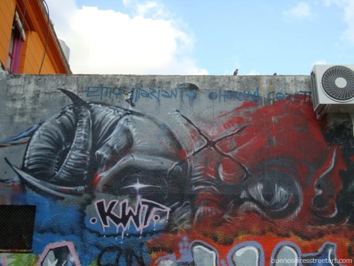 emy mariani graffiti buenos aires halloween buenosairesstreetart.com