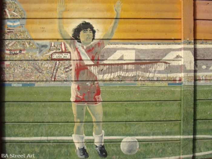 maradona argentinos juniors street art buenos aires buenosairesstreetart.com la boca diego maradona stencil mural