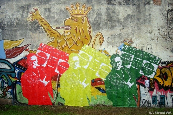 graffiti tour buenos aires pegatinas paste up wheat paste street art buenosairesstreetart.com