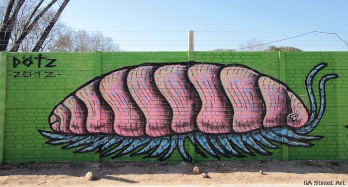 graffiti argentina buenos aires street art arte urbano dotz mendoza artista callejero argentina street art tour buenosairesstreetart.com