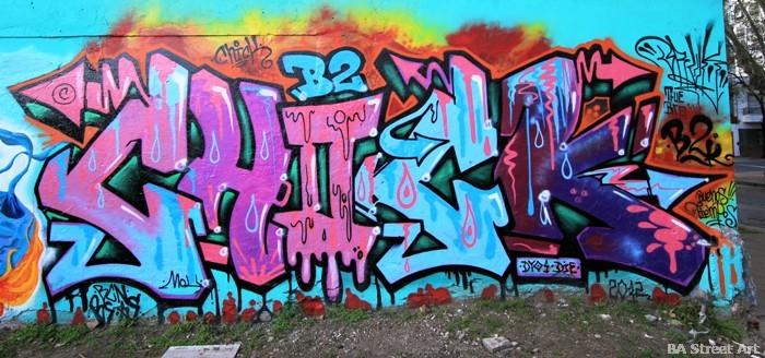 graffiti buenos tour street art plast buenosairesstreetart.com