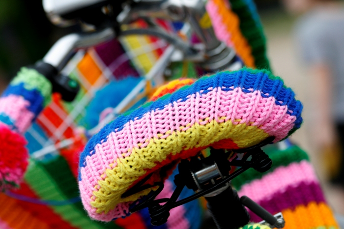 yarn bombing buenos aires bici intervenciones urbanas festival de bici buenosairesstreetart.com adri godis photography