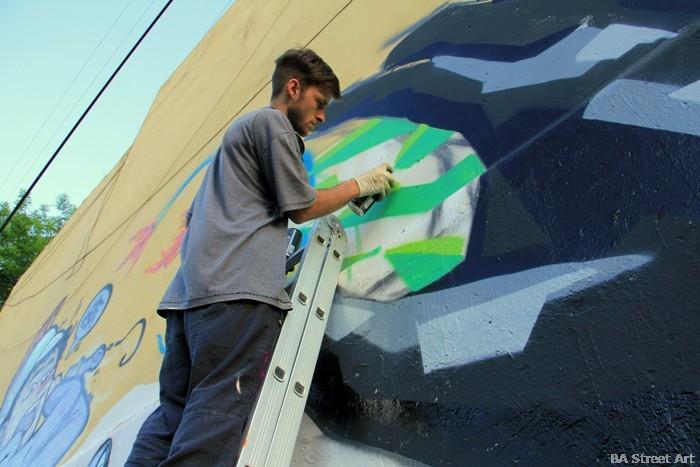 lucio savant artista callejero buenos aires buenosairesstreetart.com